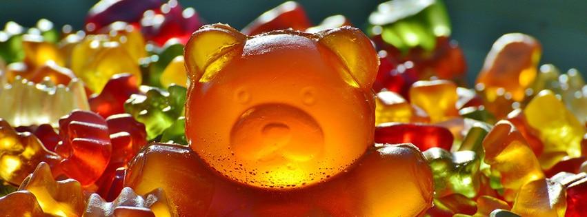 couverture-facebook-bonbon-ours-géant-gummibar-giant-rubber-bear