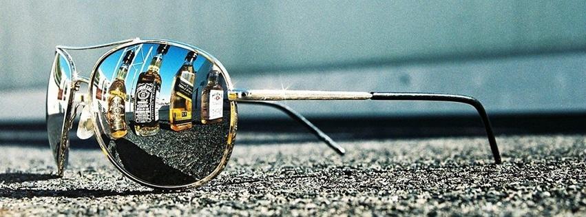 couverture-facebook-lunettes-de-soleil-whisky