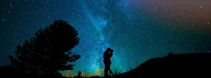 homme-femme-ciel-nocturne-ciel-étoilé-amour