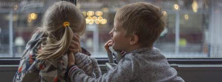 Enfants Garçon Jeune Fille Autobus Heureux children fbcouv.com