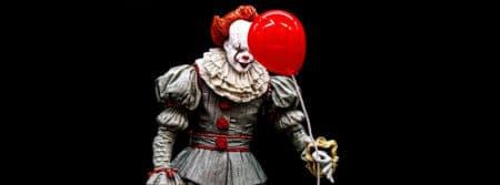 bizarre effrayant Halloween peur horreur clown weird fbcouv.com