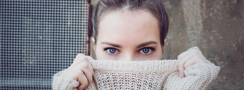 mode personnes femme jeune fille vetements oeil people pull fbcouv.com